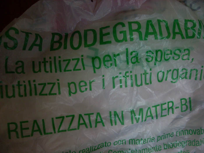 Umido, sacchetti Mater-bi: autorizzati