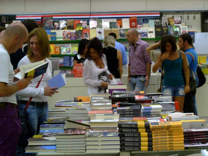 Notte Bianca, librerie prese d'assalto