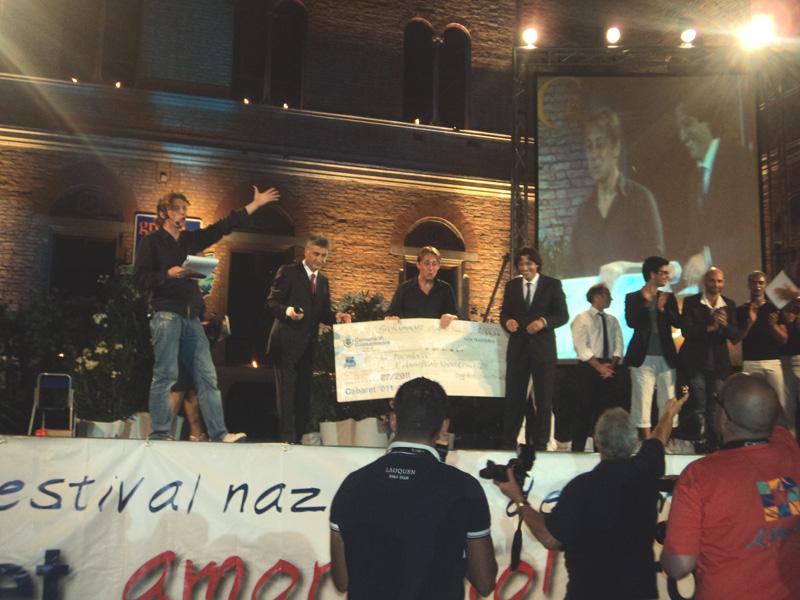 Il vincitore Ezio Testa tra il sindaco Merli e il suo vice Enrico Piergallini