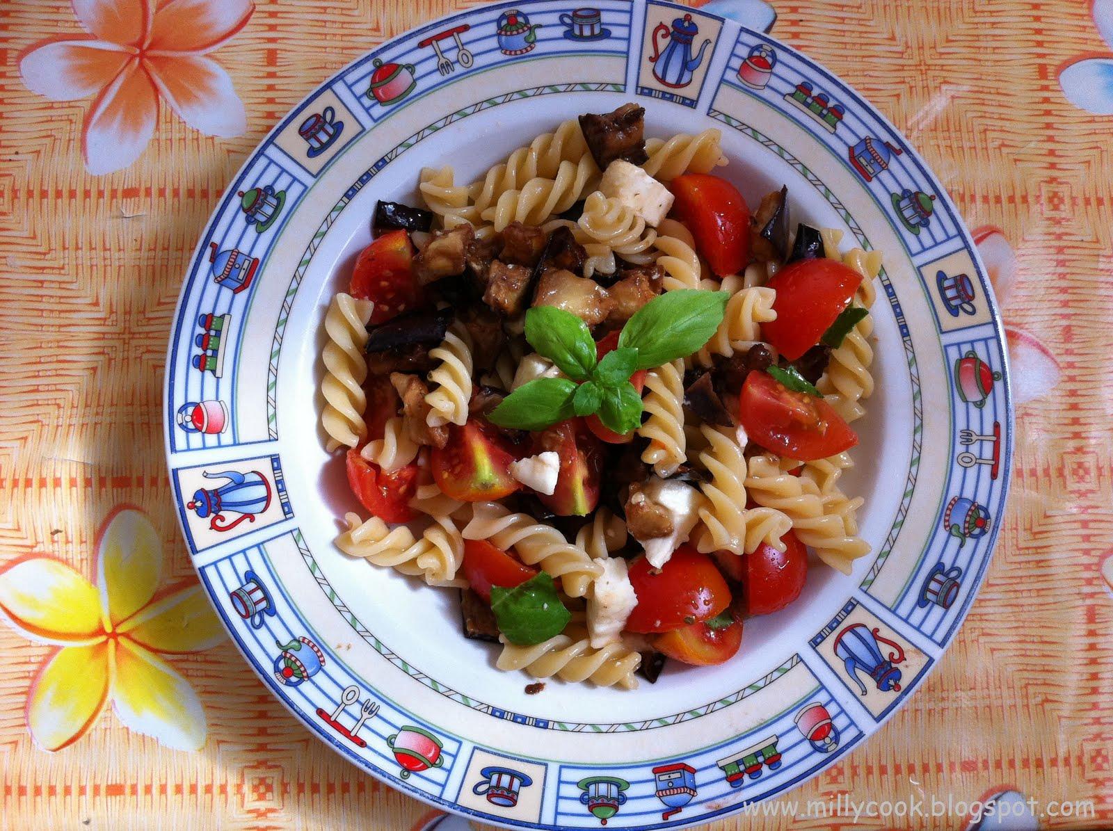 Una fresca insalata di pasta