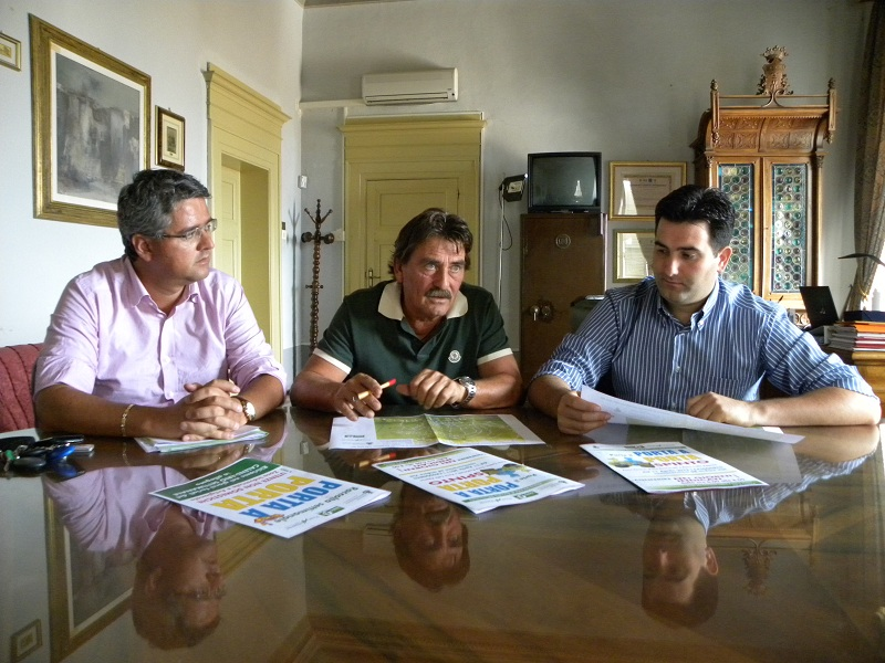 L'amministratore delegato della Picenambiente Leonardo Collina, il consigliere delegato Fernando Gabrielli e il sindaco Stefano Stracci