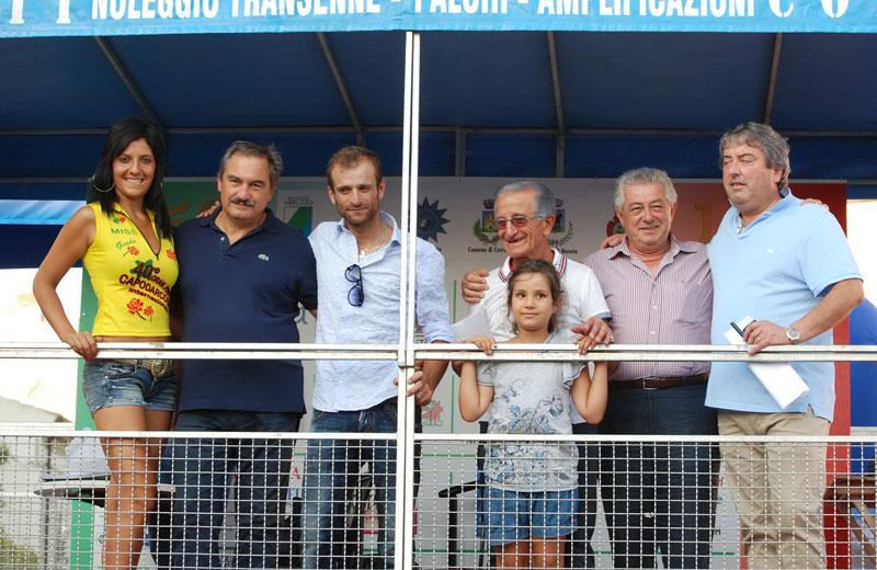 Il sindaco Stefano Minora, Michele Scarponi, Italo Lelii e nipote, Alberto Pompizi e Renato Rasicci