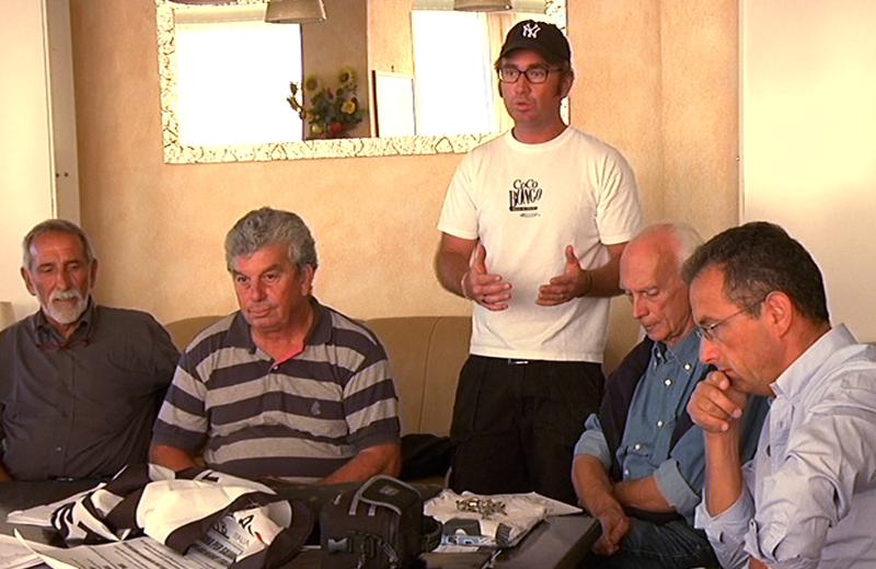 Giannessi in conferenza stampa insieme a Giuseppe Ricci dell'Itb e ad altri balneari italiani
