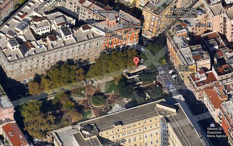 Il centro di Roma, Piazza Dante (google)