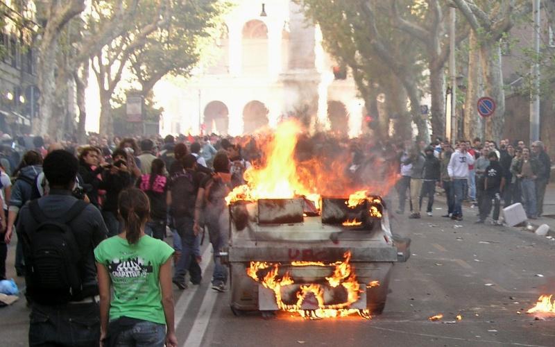 Manifestazione a Roma (foto di Francesco Milanaccio)