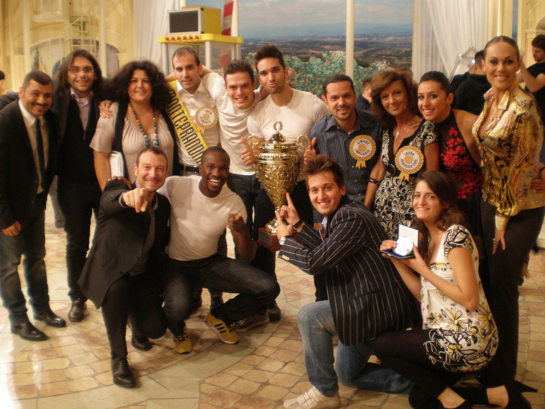 Mezzogiorno in famiglia, i vincitori con Sergio Friscia, Amadeus, Natalia Titova e Francesca Giuliani