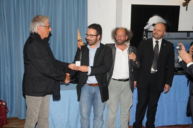 Qoll Festival 2011, Patrizio Patrizi e Giovanni Gaspari premiano Tiellephoto.it