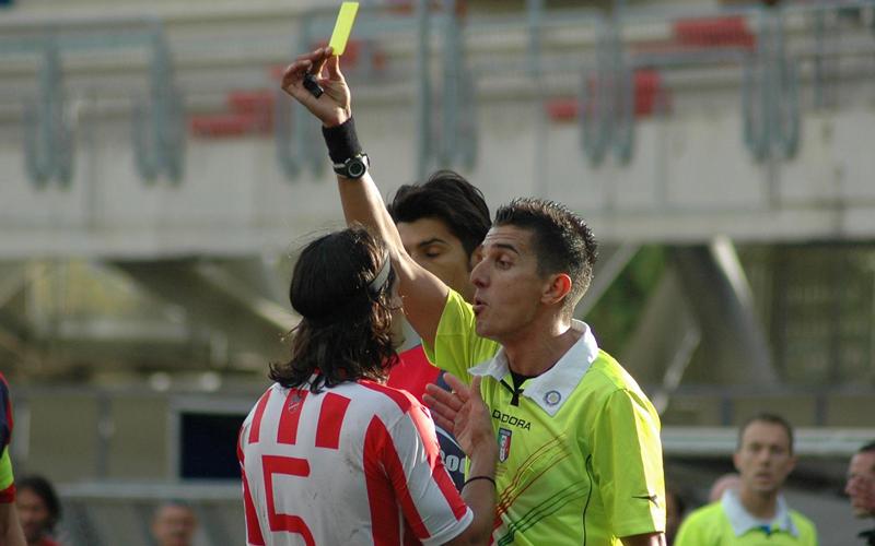 Samb-Teramo, arbitro protagonista (ph. Giammusso)