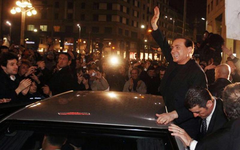 Berlusconi a Milano nel 2007 quando annunciò la nascita del Pdl
