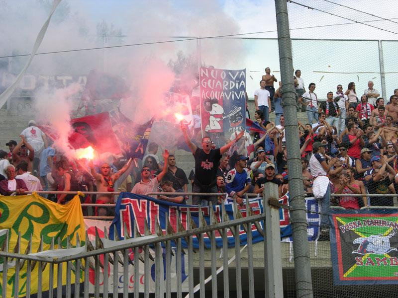 Foggia-Samb 0-1, tifosi rossoblu (ph. Danilo Di Salvatore)