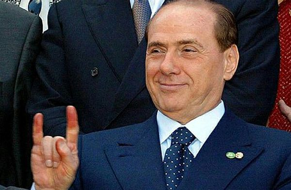 Le corna di Silvio Berlusconi
