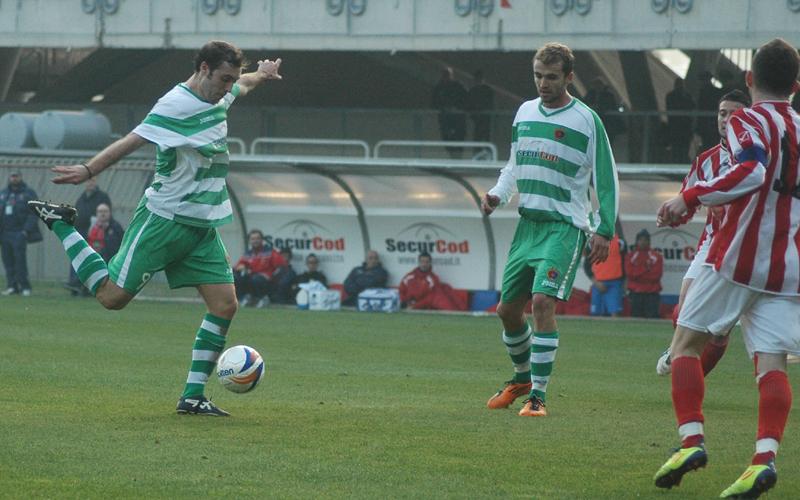 Luca Cremona realizza il gol del 3-0 contro il Real Rimini (ph. Giammusso)