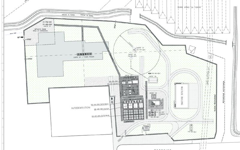 La centrale di stoccaggio Gas Plus e la sua pavimentazione, erba nella zona puntinata di verde