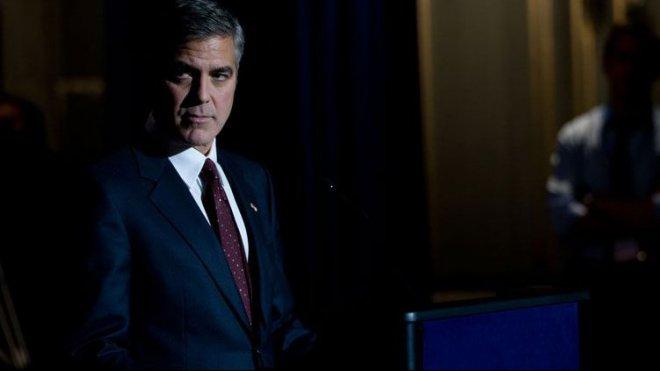 Il regista e attore George Clooney in una scena del film