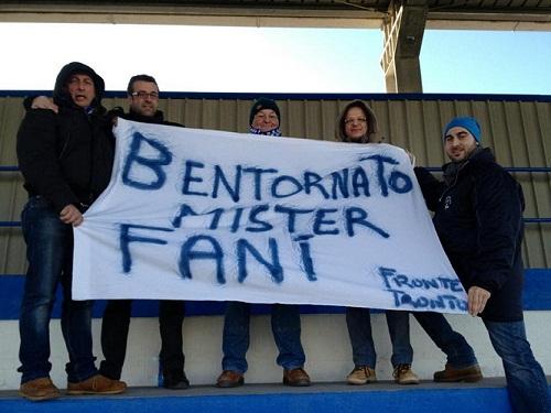 I tifosi del Fronte Tronto salutano il ritorno di Daniele Fanì