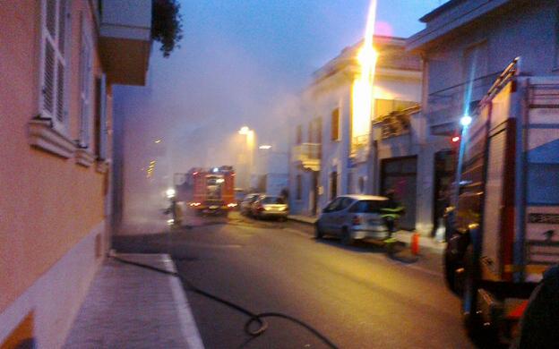 Incendio in una officina di Porto d'Ascoli, 29 gennaio 2012