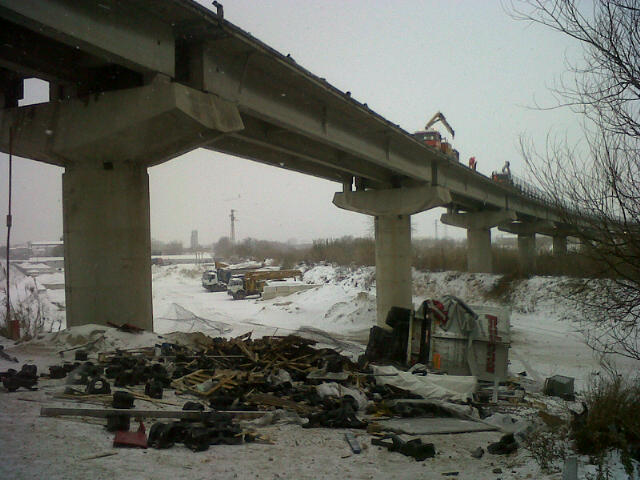 Camion caduto dall'A14 nella notte fra 6 e 7 febbraio, causa neve 2