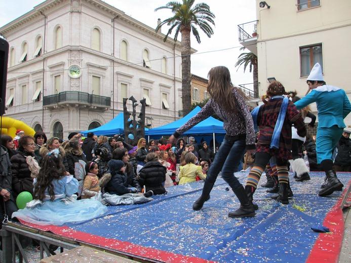 Carnevale Grottammare 2012  (25)