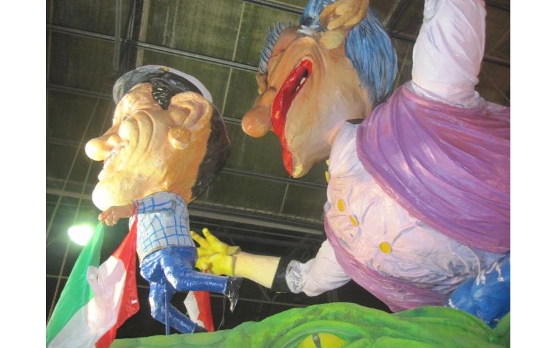Carri in maschera Carnevale di San Benedetto 2012 (4)