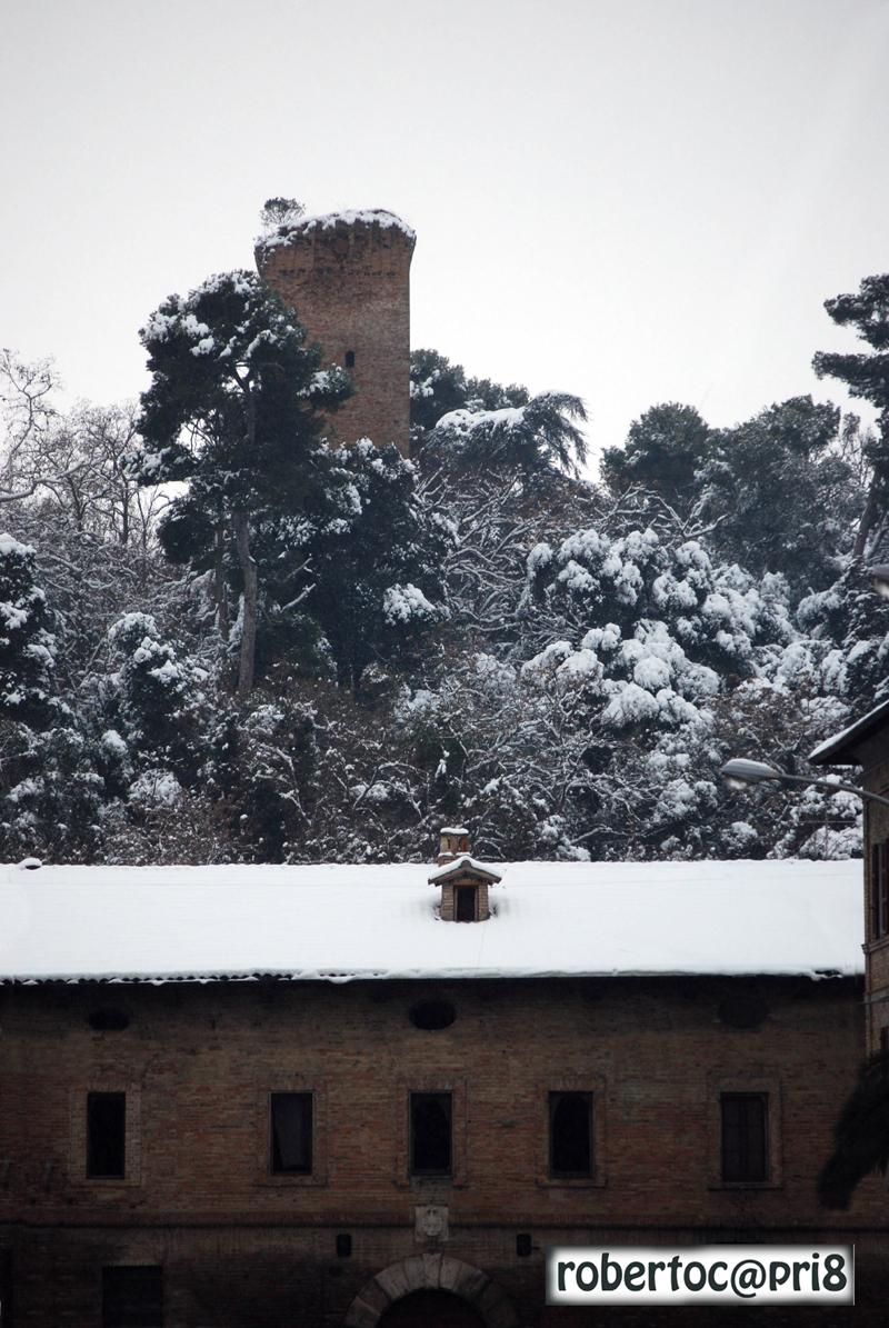 Caserma Guelfa, 5 febbraio, neve, foto di Roberto Capriotti