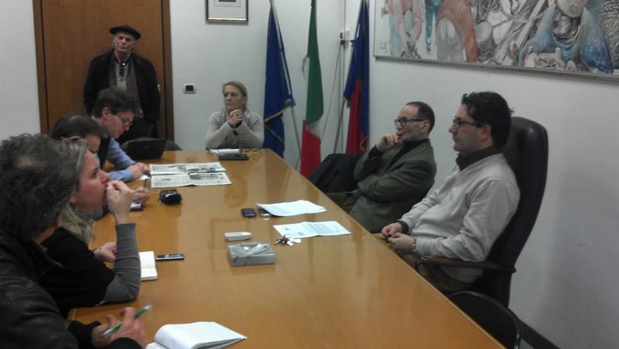 Conferenza stampa di Spadoni sul gas, affianco a lui Giuseppe Cappelli