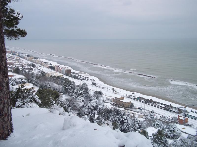 Cupra Marittima-4 febbraio-Panorama dal castello di Sant'Andrea 5 (Nicola)
