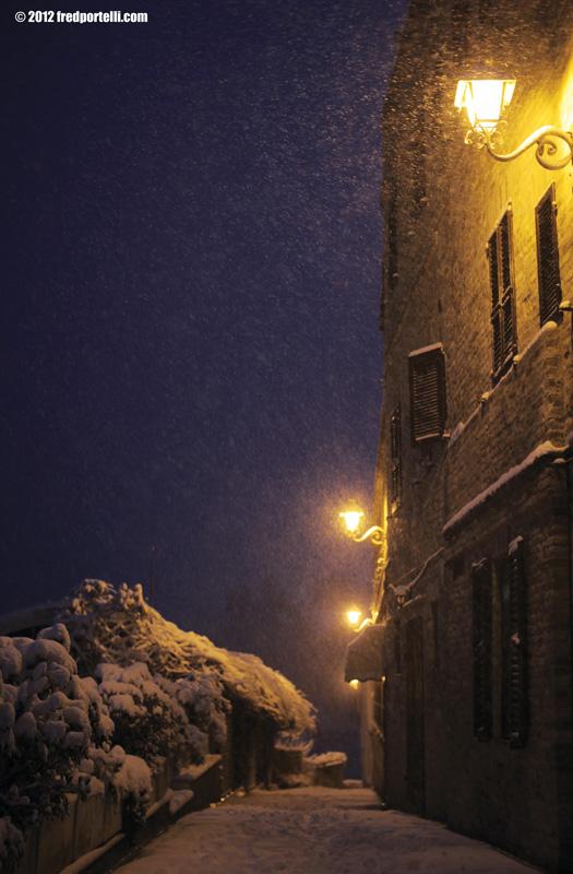 Neve a Cupra Marittima febbraio 2012, paese vecchio (Fred Portelli)