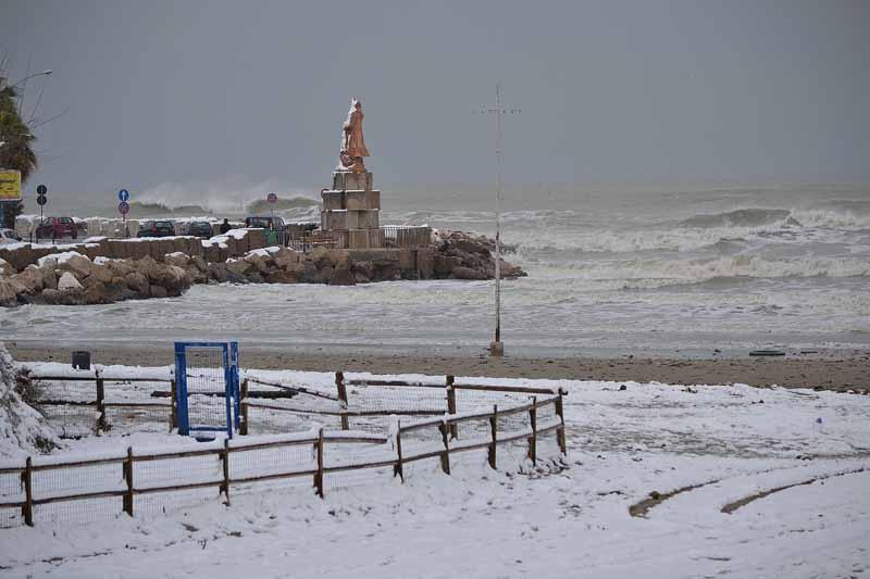Foto della neve del ripano Marco Capriotti. La nevicata del 4 febbraio 2012
