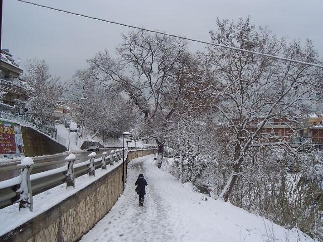 La neve a Grottammare, zona Valtesino, by Gabriele