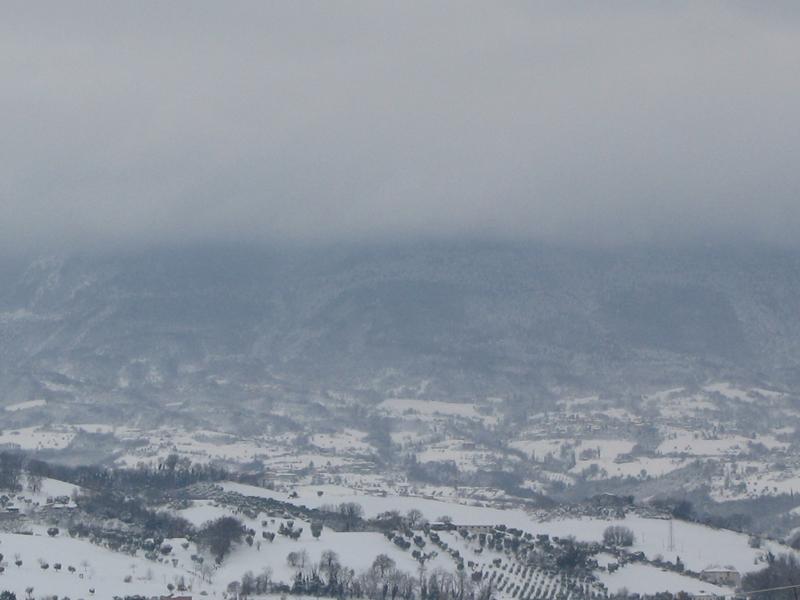 I Sibillini con neve visti da Maltignano, foto di Alessandro Di Luigi, 5 febbraio