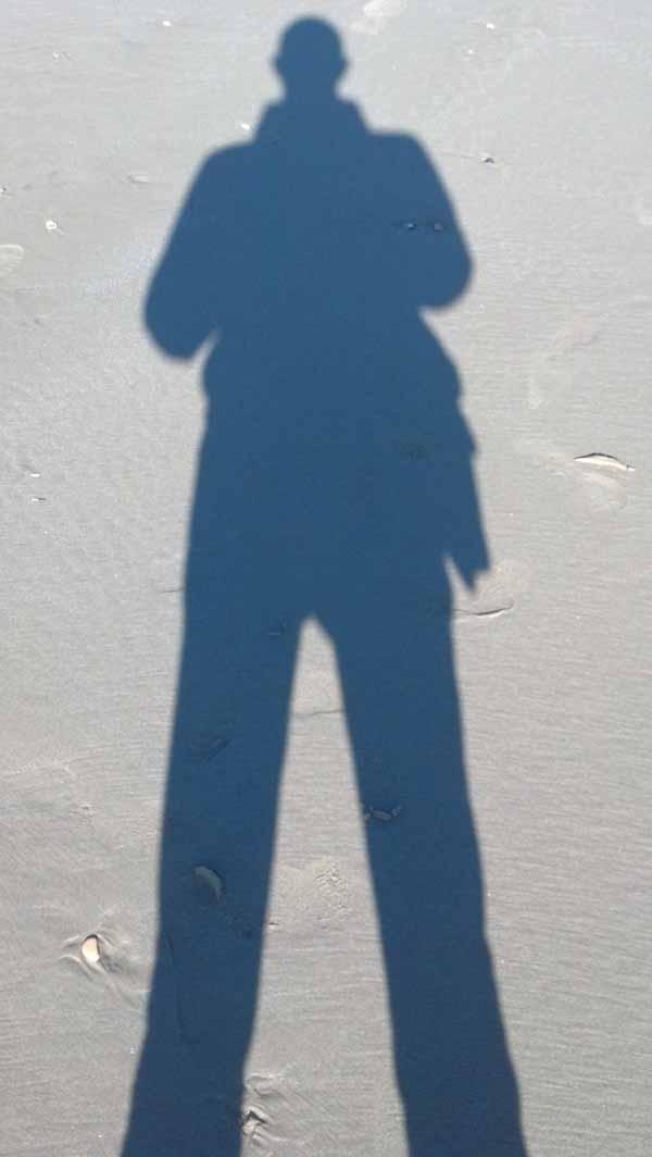 La mia ombra sulla spiaggia di San Benedetto, 28 febbraio 2012