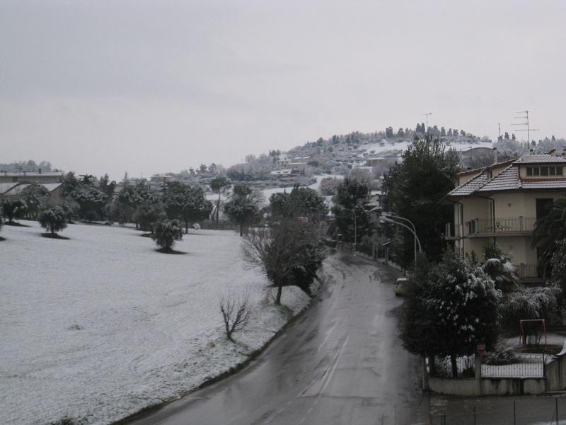 Neve a Monsampolo 3 febbraio 2012