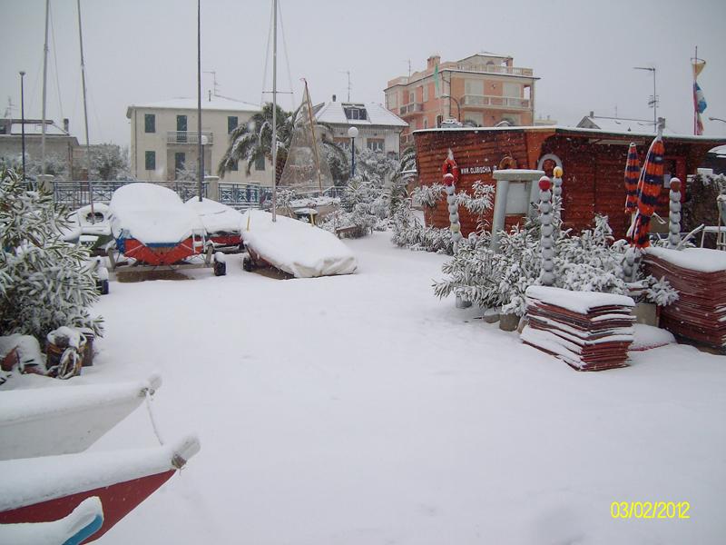 Neve 3 febbraio, lungomare sud Grottammare, Massimo Valentini 1