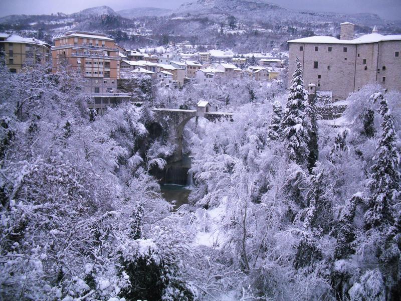 Neve 5 febbraio, Serena Bianchini, passeggiando verso Ascoli 8