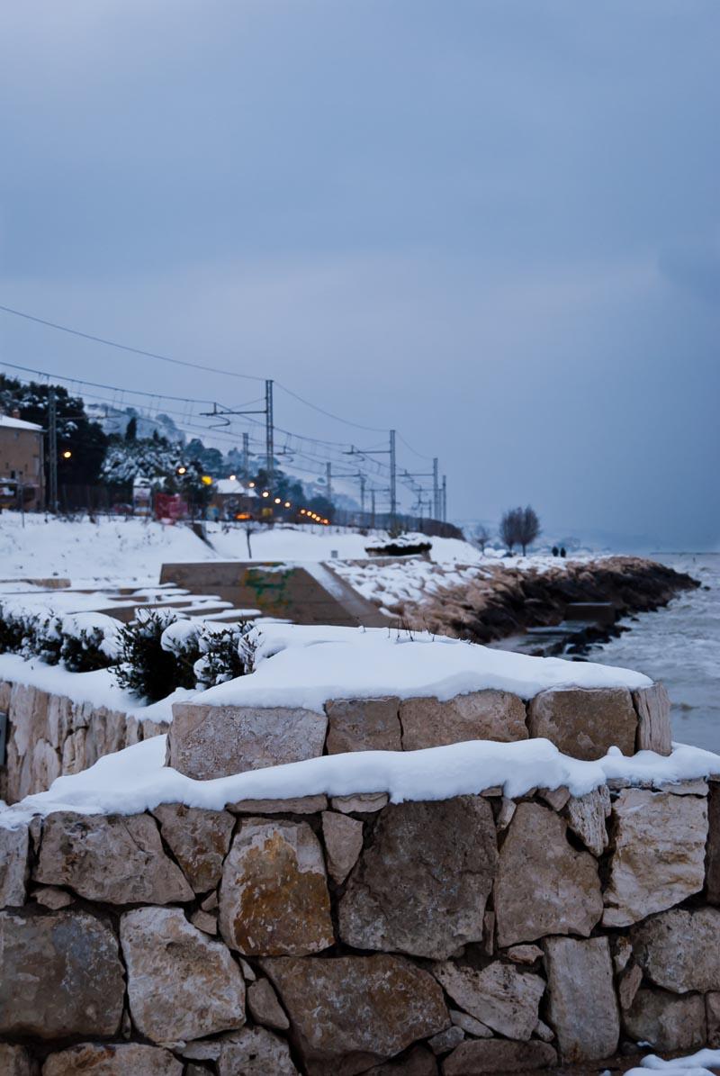 Neve a Grottammare, febbraio 2012, Stefano Mariani, la scogliera