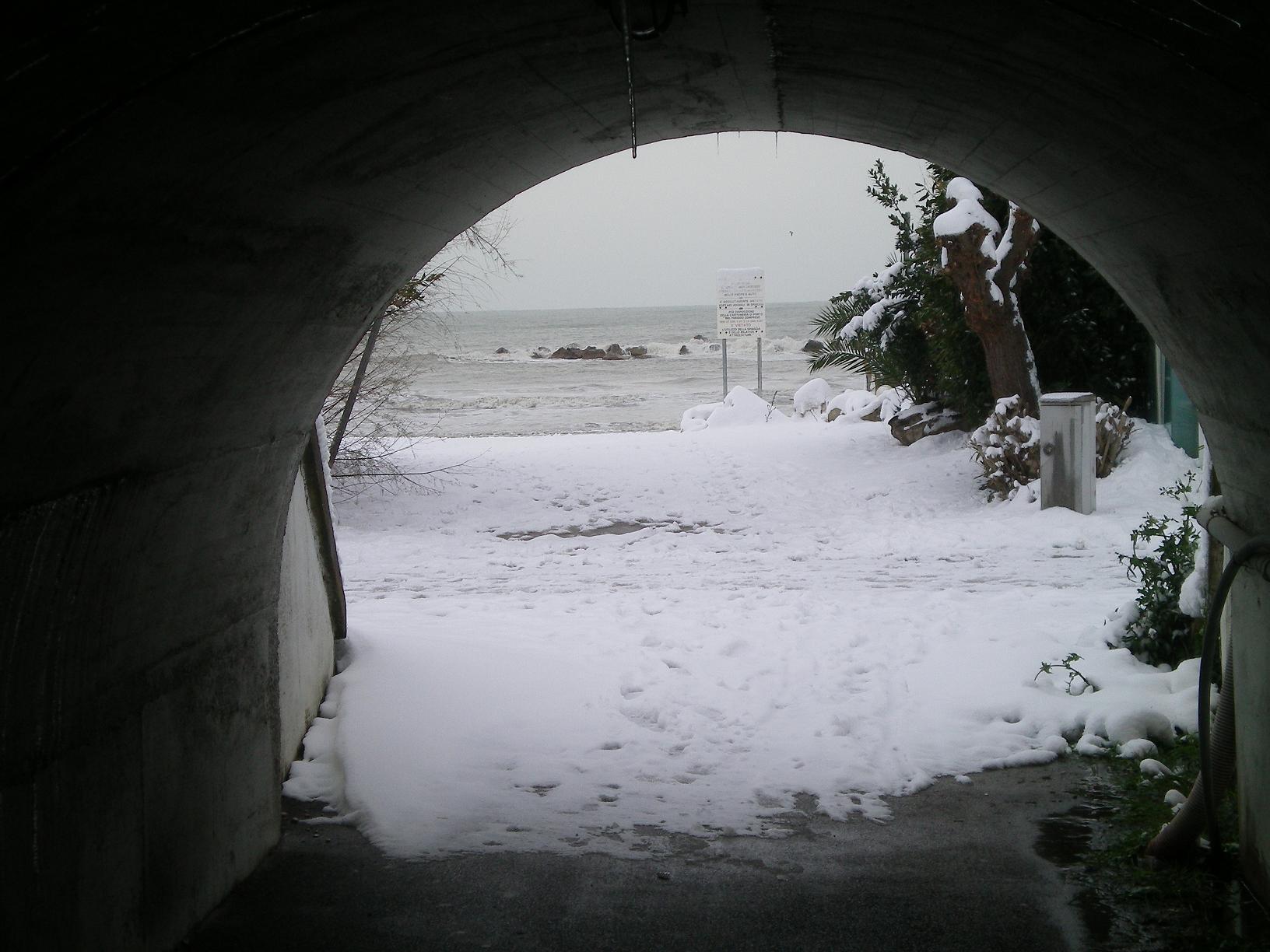 Neve a San Benedetto, 6 febbraio 2012, foto di Alfredina Rossi 1