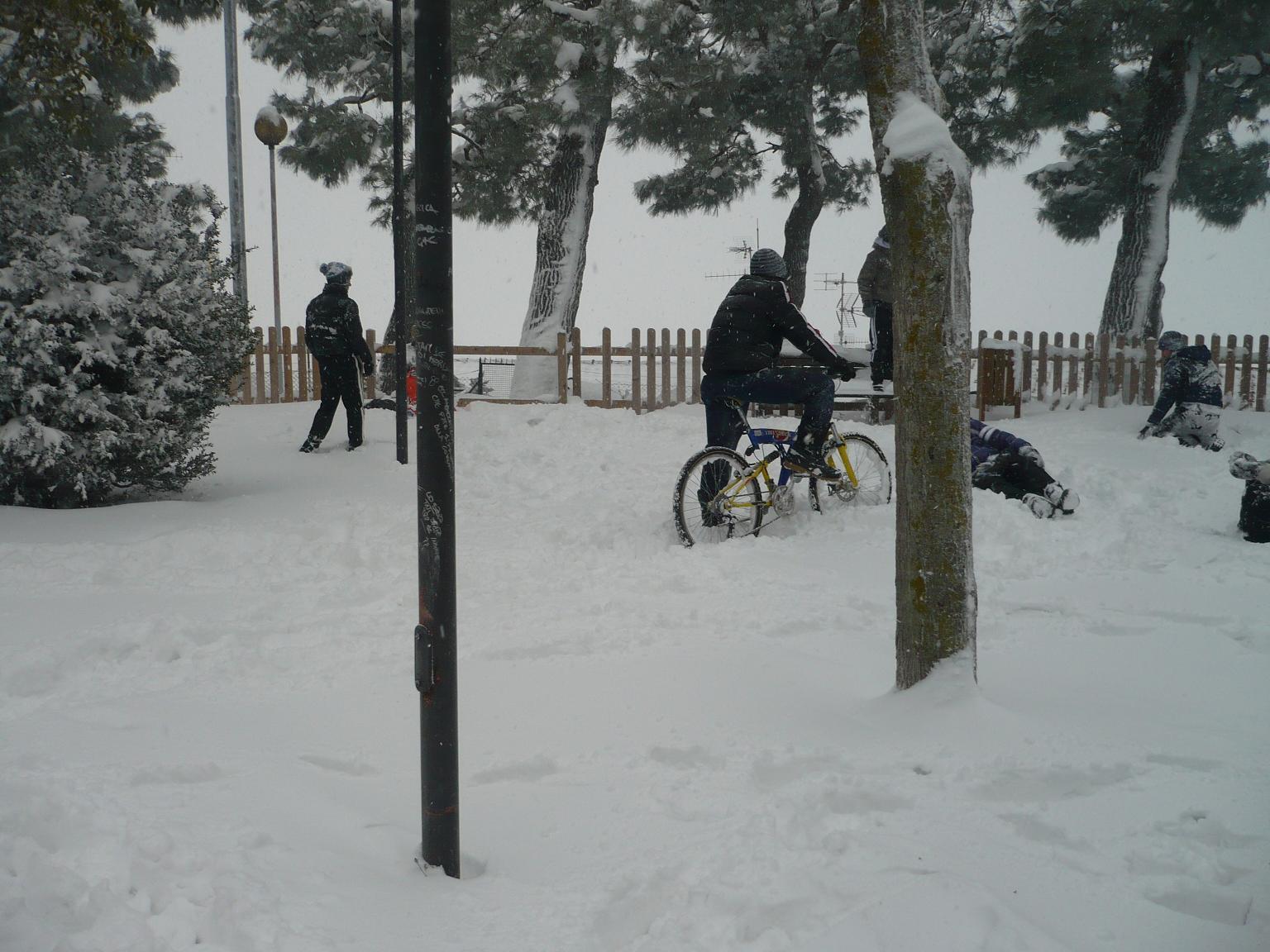 Neve ad Acquaviva, 4 febbraio 2012 foto di Luciano  Narcisi 2