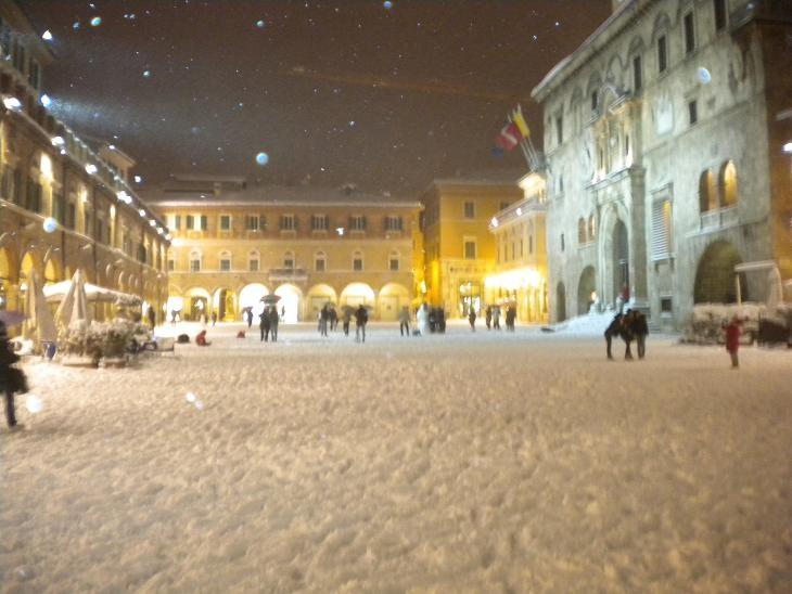 Neve ad Ascoli, 3 febbraio 2012 foto Domenico C. 1