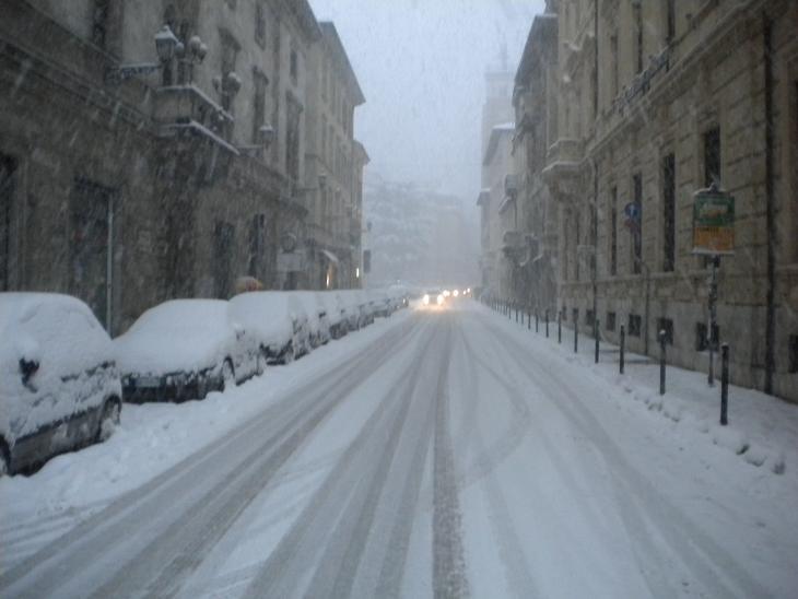 Neve ad Ascoli, 3 febbraio 2012 foto Domenico C. 3