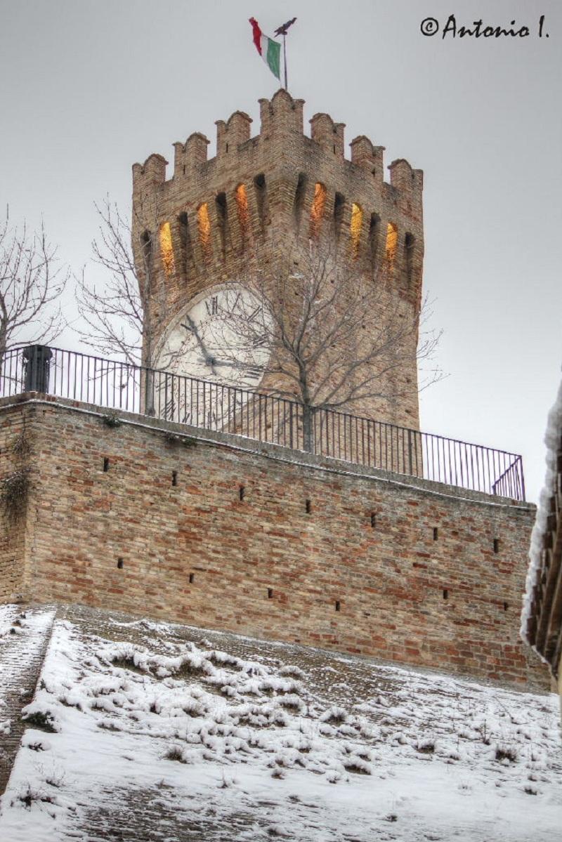 Neve al torrione, 6 febbraio 2012 foto Antonio I. 1