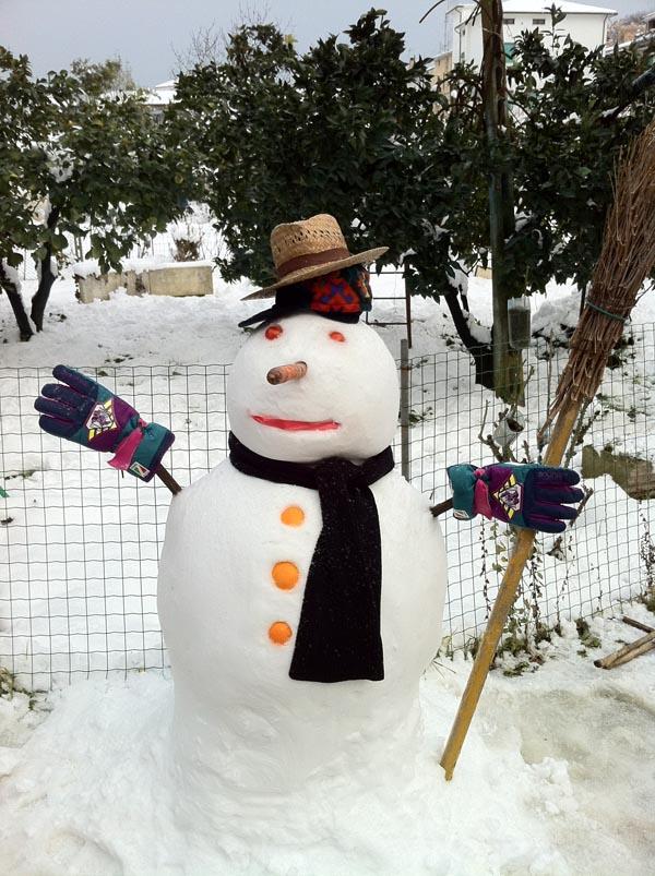Neve febbraio 2012, pupazzo di neve di Ivan e Alice