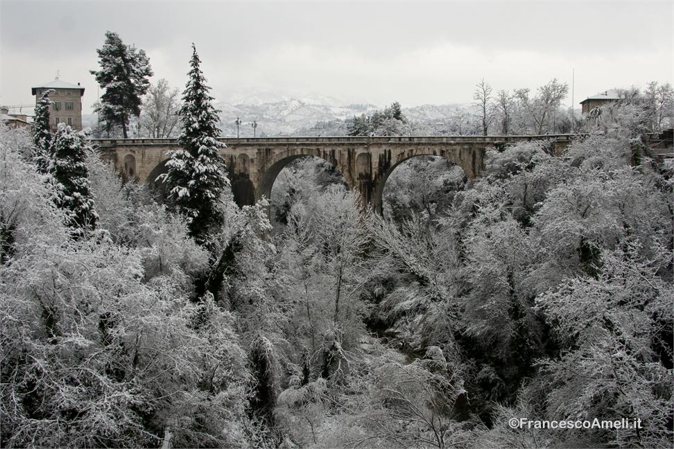 Neve su Ascoli 3 febbraio, Porta Maggiore (Ameli) 3