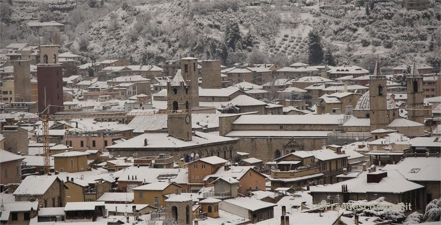 Neve su Ascoli 3 febbraio, panorama (Ameli)  2