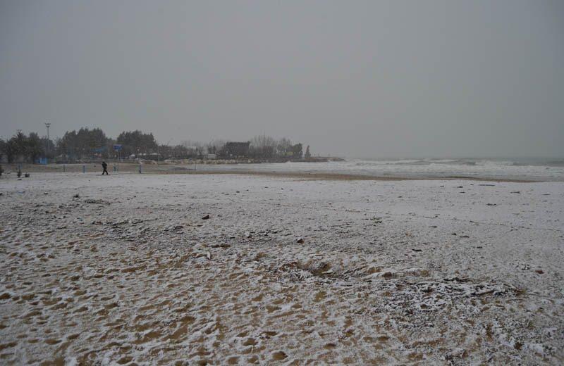 Neve sulla spiaggia di San Benedetto, 3 febbraio 2012 2