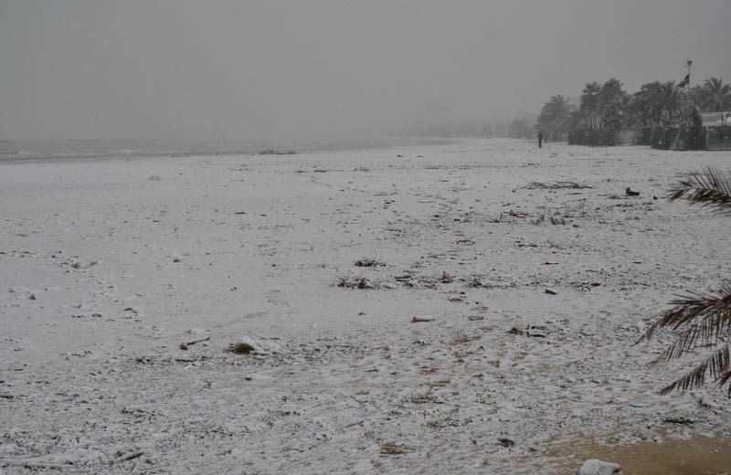 Neve sulla spiaggia di San Benedetto, 3 febbraio 2012