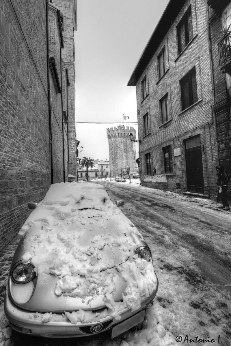 Neve, vista su piazza Sacconi, 6 febbraio 2012 foto Antonio I. 2