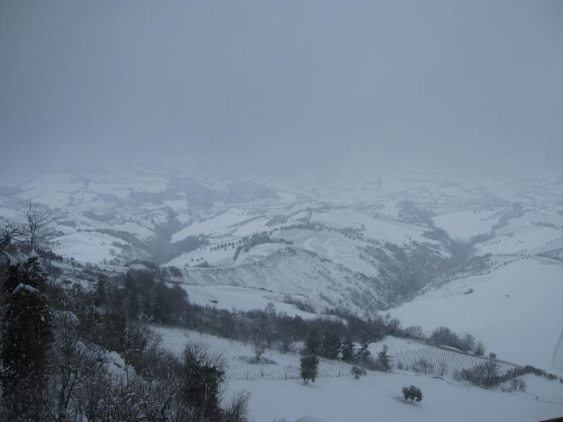 Panorama verso sud, neve Ripatransone neve 4 febbraio, Roberto Pasquali