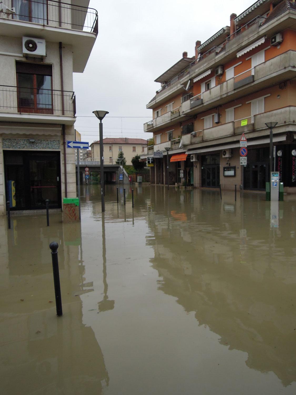 Pioggia 21 febbraio, allagamenti quartiere Sant'Antonio zona via Monfalcone (Fulvio Baiocchi) 10