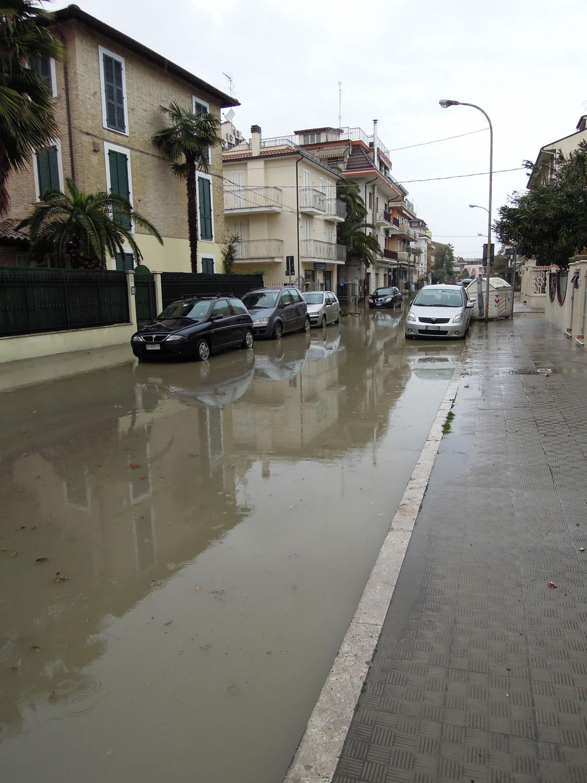 Pioggia 21 febbraio, allagamenti quartiere Sant'Antonio zona via Monfalcone (Fulvio Baiocchi) 5