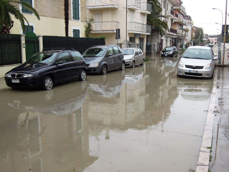 Pioggia 21 febbraio, allagamenti quartiere Sant'Antonio zona via Monfalcone (Fulvio Baiocchi) 6